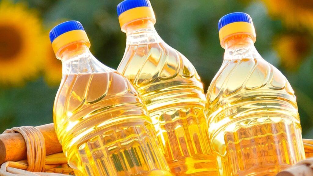 Правительство Казахстана освободило от налогов производителей растительного масла